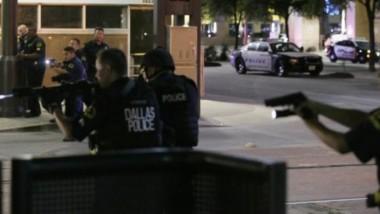 В Далласе застрелили пятерых полицейских