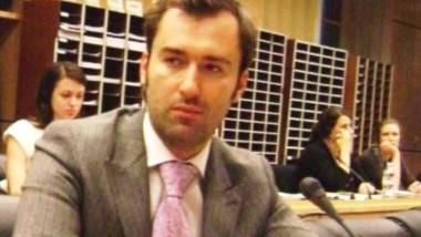 Армангуль Капашева и Гульнара Темиралиева блокируют Рахата Алиева в Вашингтоне