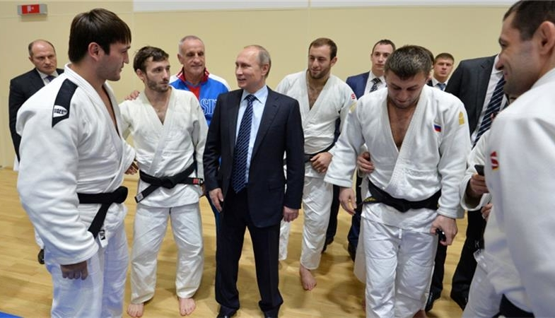 Putin's quest for glory at any cost